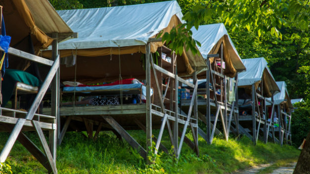 A row of open air cabins.