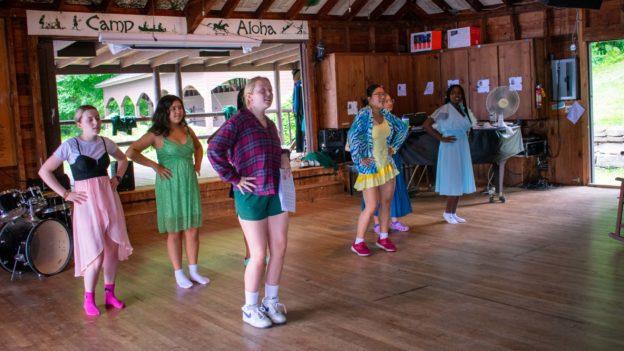 Campers practicing dancing.